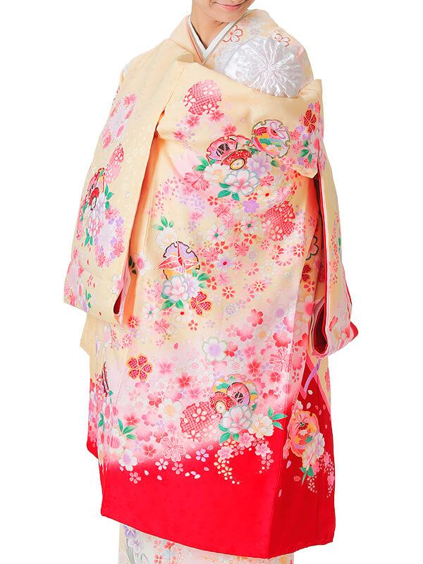 UG-3003 / 薄黄色地に裾が赤、鼓に鈴、鶴、鞠、雪輪のお宮参り産着(祝い着・掛け着) 女の子 正絹